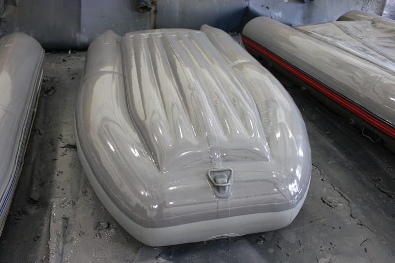 Полимерная защита днища лодки пвх